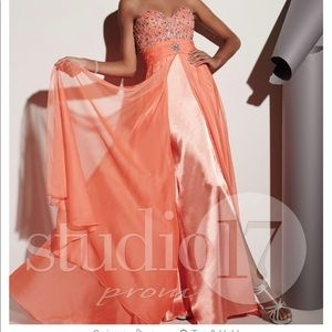 Studio17 Strapless Dress (has straps if wanted)